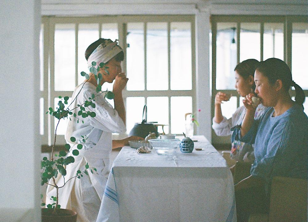 台湾茶を香る